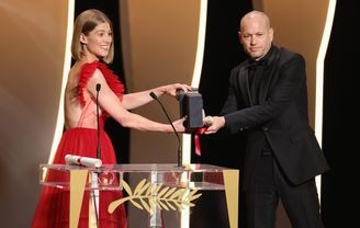 Rosamund Pike and Nadav Lapid - Ha'berech (Ahed's Knee), Prix du Jury (Ex-æquo)