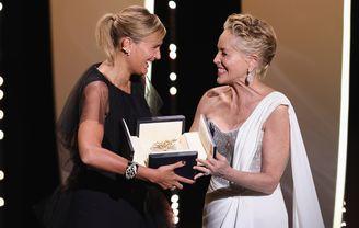 Sharon Stone et Julia Ducournau - Titane, Palme d'or