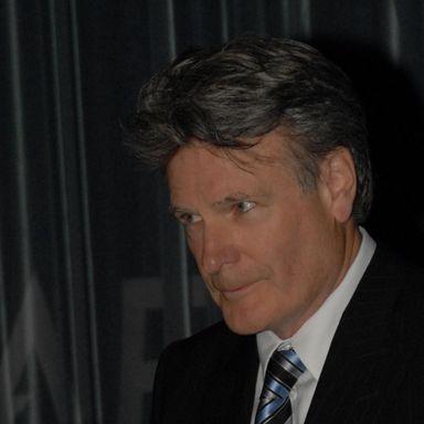 Stuart COOPER