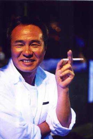 Hsiao Hsien HOU