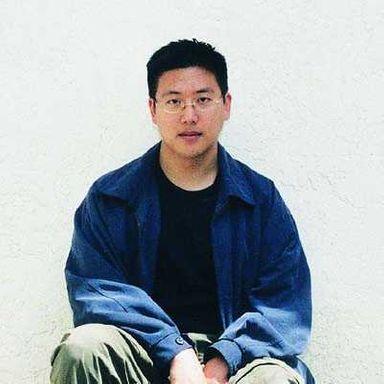 Dwight HWANG