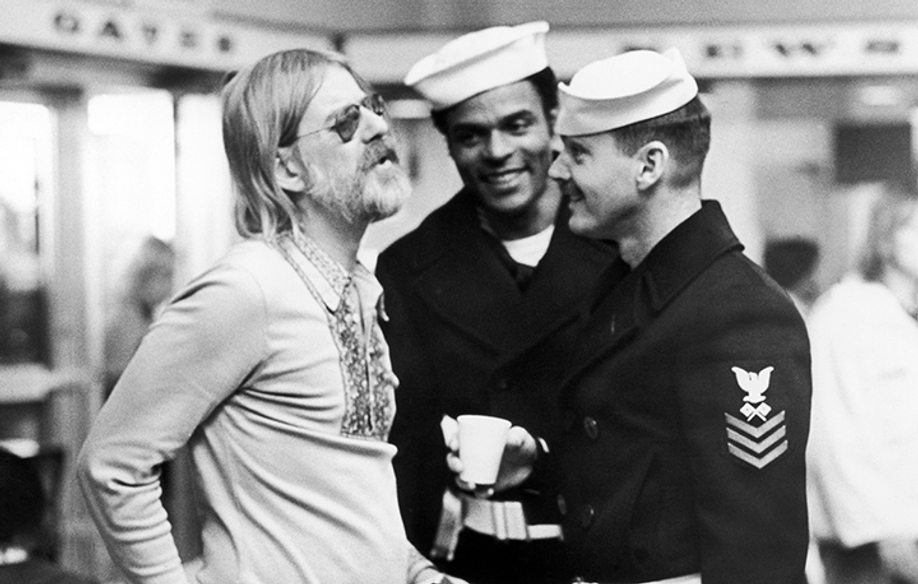 Hal Ashby, Otis Young and Jack Nicholson © RR