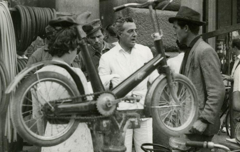 Film still of Ladri Di Biciclette (Bicycle Thieves)
