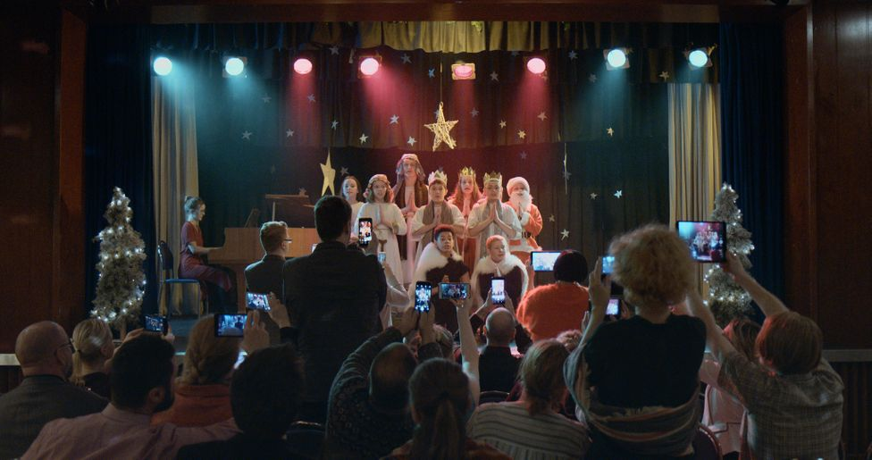 Bergmál, directed by  Rúnar Rúnarsson